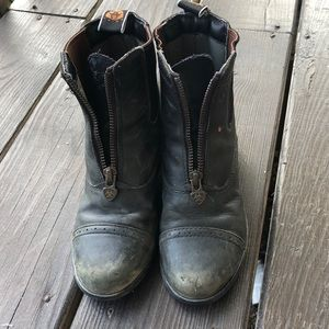 Well Loved Ariat Riding boots